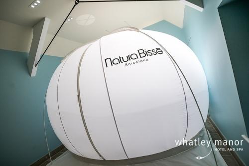 Aquarias Spa Natura Bisse Pure Air Bubble Justin Short